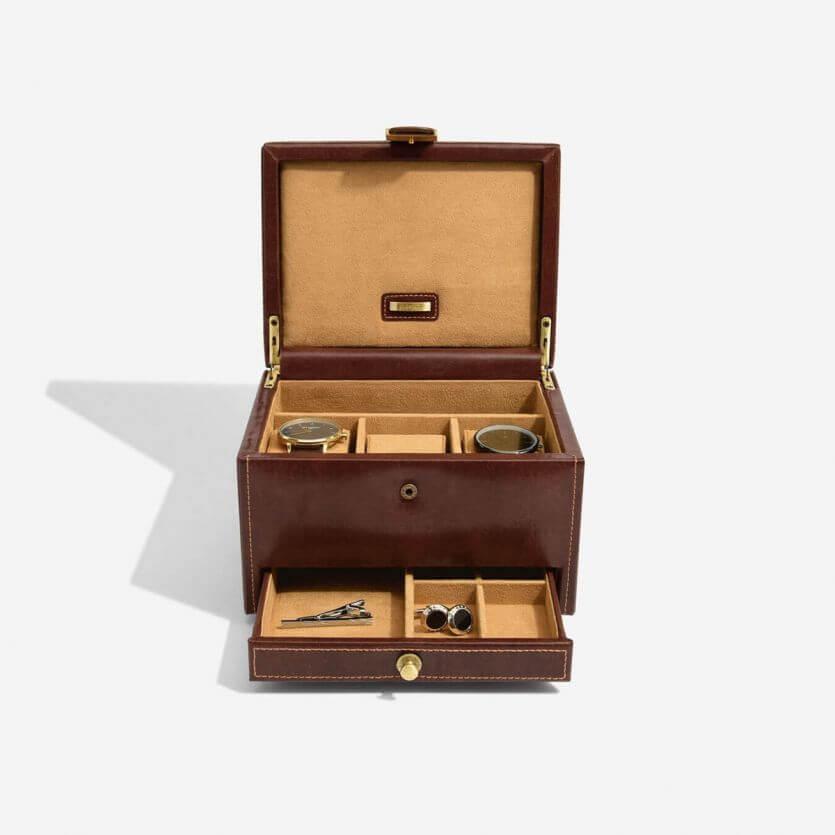 """קופסת עור לשעונים ולחפתים חום """"Dulwich""""  סדרת דוקלאנד"""