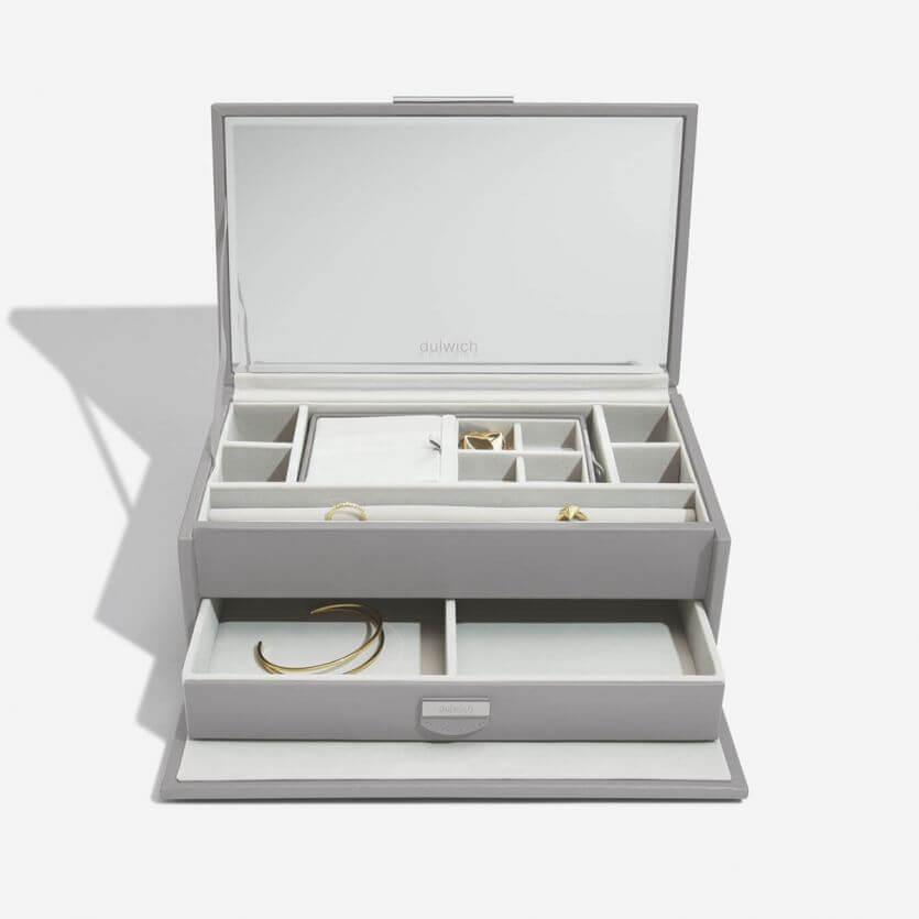 """קופסת תכשיטים מעור עם קופסה נשלפת לנסיעות """"מרגרט""""  גודל לארג'"""